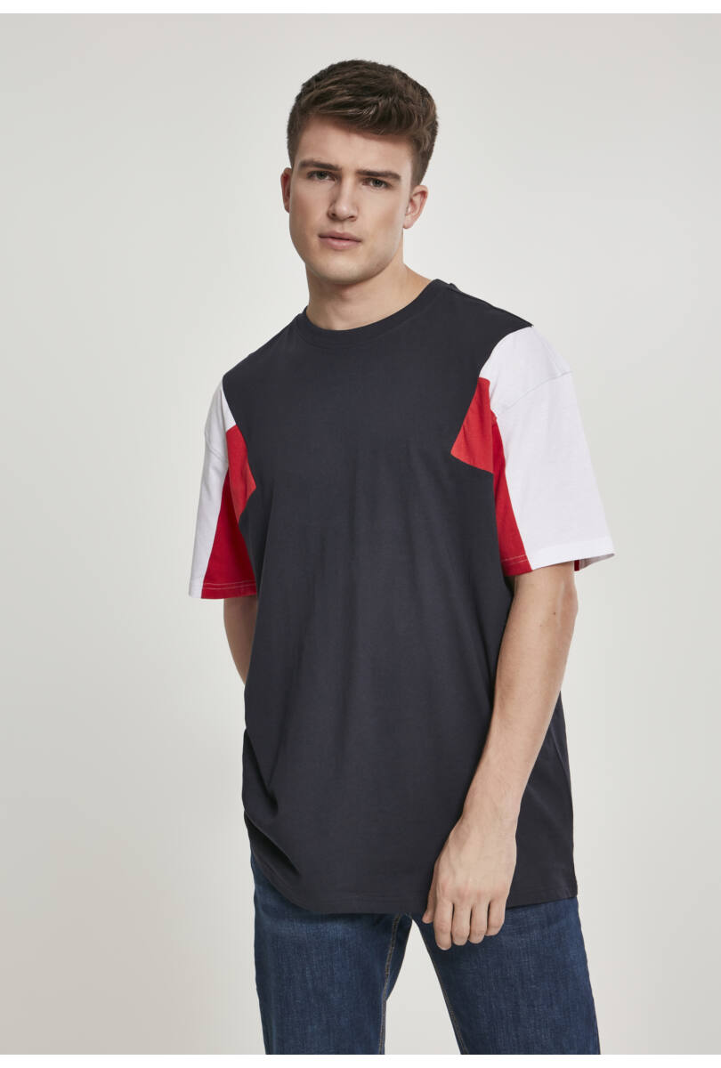 színes férfi póló