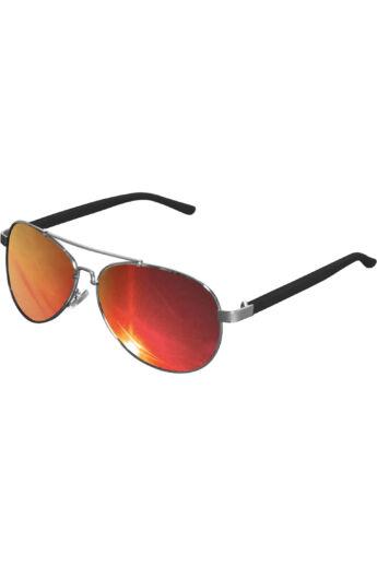 Divatos ezüst-piros napszemüveg