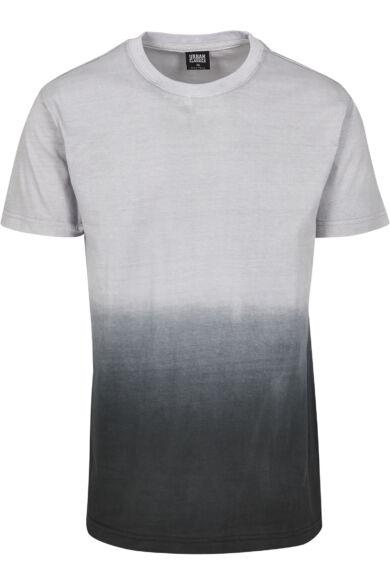 Festékbe mártott póló