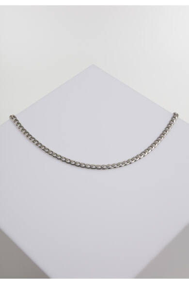 ezüstszínű nyaklánc
