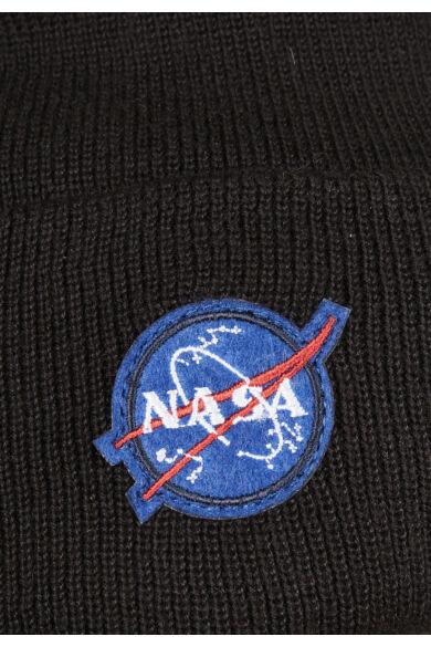 NASA emblémás kötött sapka
