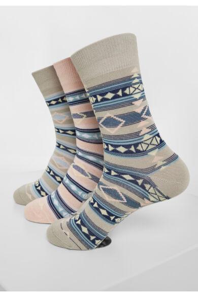 hímzett zokni szett