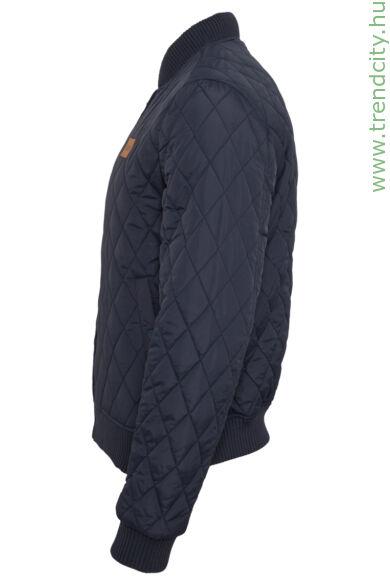 steppelt férfi dzseki